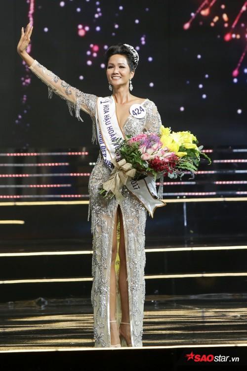 H'Hen Niê (VIETNAM 2018) Dttp8913