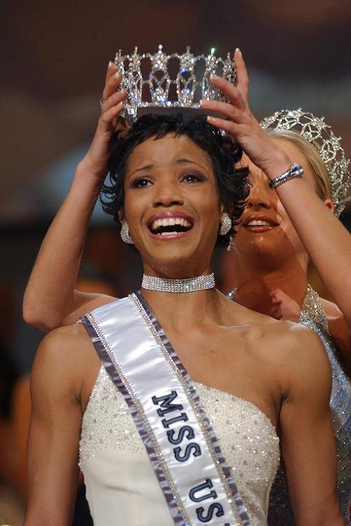 Miss USA 2002: Shauntay Hinton  from District of Columbia Headsh10