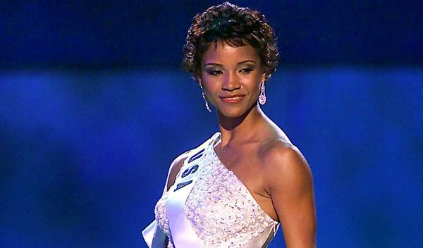 Miss USA 2002: Shauntay Hinton  from District of Columbia Missus10