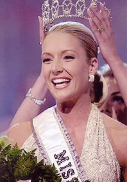MISS USA 2001: Kandace Krueger (2nd runner-up MU01) from Texas O_miss10