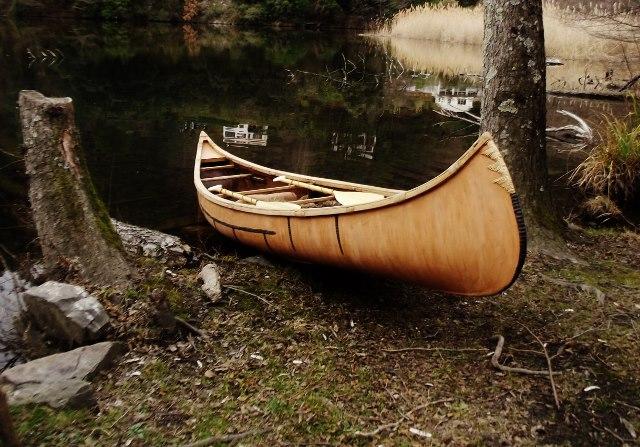 réplique canoë Birch Bark Dscf9640