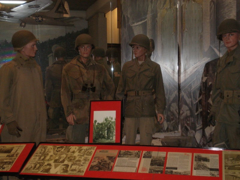 "musée de LA ROCHE EN ARDENNE ""offensice 44-45"" P4120011"
