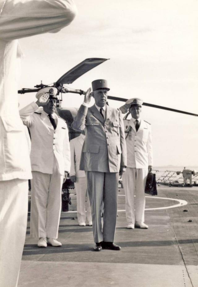 [ Les traditions dans la Marine ] LES VISITES OFFICIELLES Scan2110