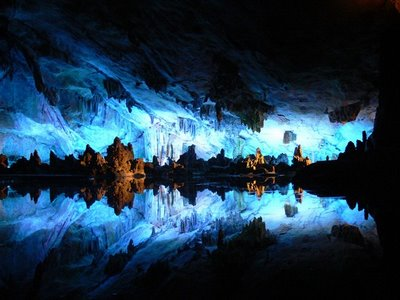 Amazing Underground Lakes 6c949010
