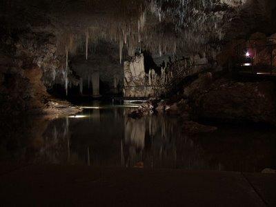 Amazing Underground Lakes B968e910