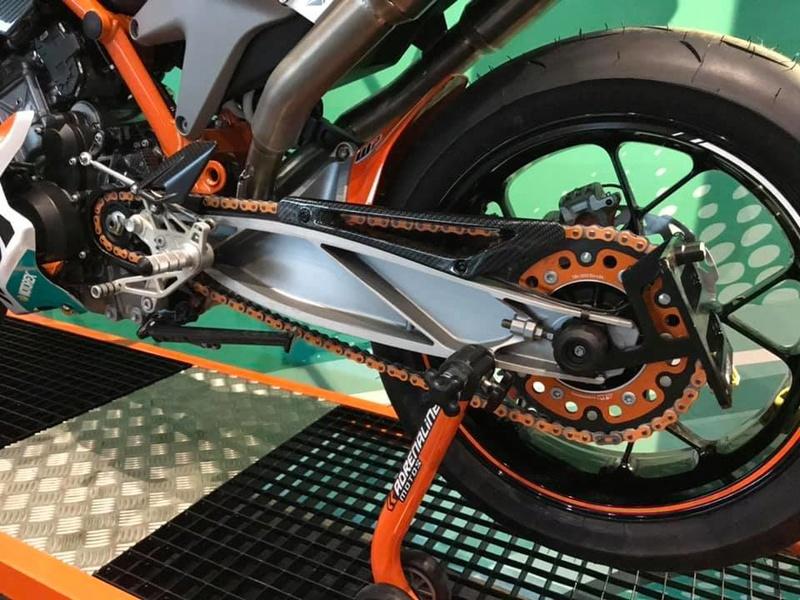 Les KTM 790 Duke du net! 47098210