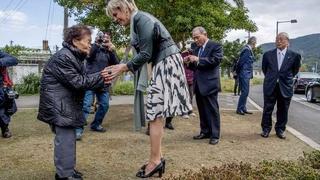 Laurentien begint bezoek Japan met herdenken 129