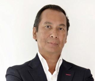 Reggie Baay in Comité van aanbeveling Stichting Tileng Auteur10