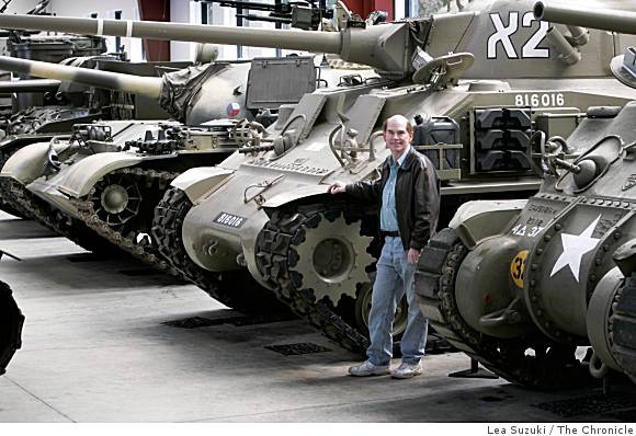 [b]Jacques Littlefield, tank collector, dies[/b] Ba-lit10