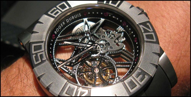 Roger Dubuis Tourbidiver chez Hall of Time Rdd210