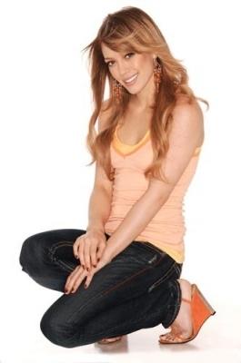 Hilary Duff 0410