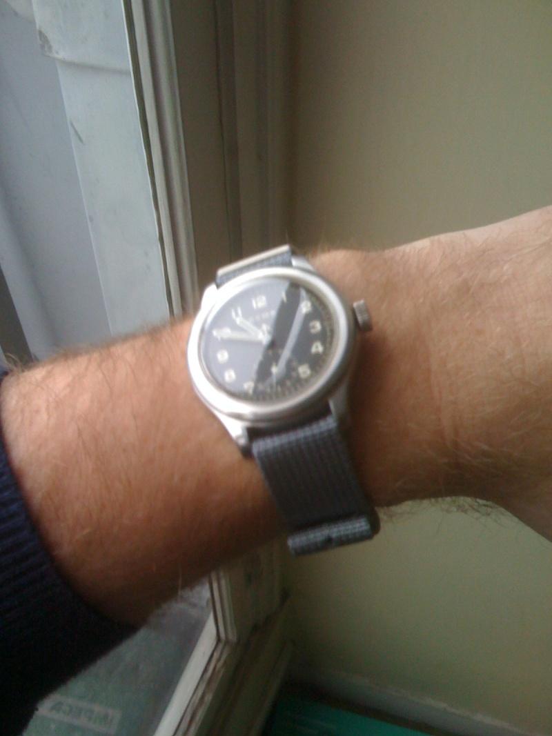 Je porte aussi une montre lorsqu'il n'est pas Vendredi !!! - Page 3 01010