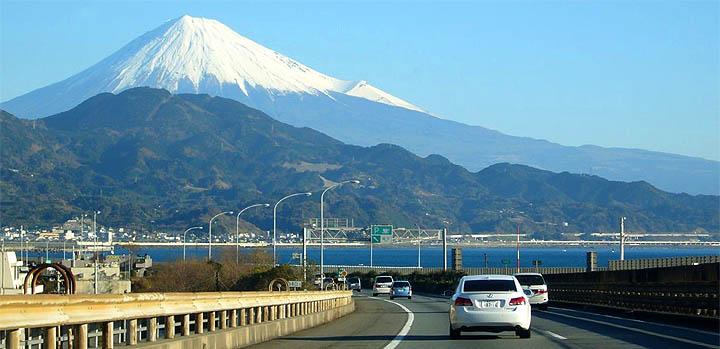 Amazing Highways,bridges & Interchanges in Japan......!!!!! 45u5t610