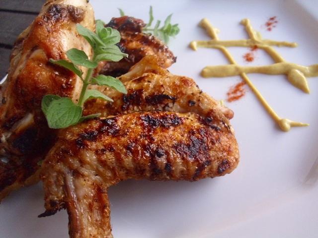 Παϊδάκια κοτόπουλο στο BBQ με εστραγκόν 602411