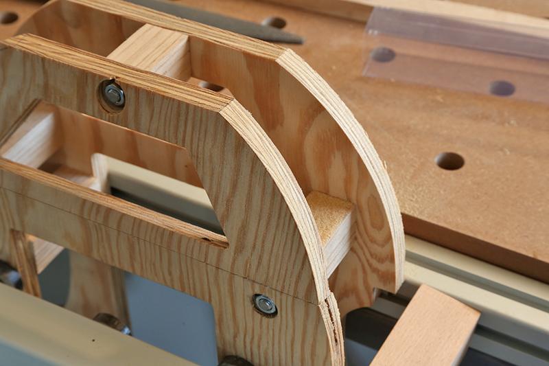 Découverte de la lutherie et fabrication d'une viole de gambe... - Page 4 05_jan17