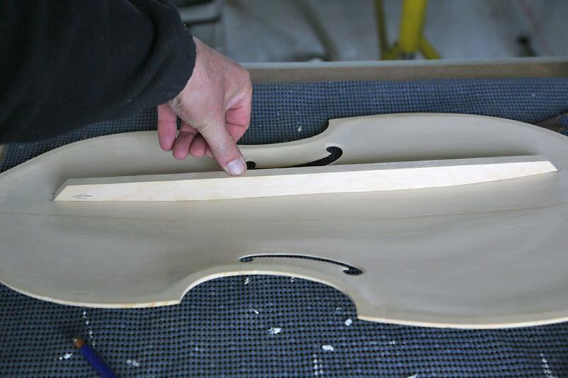 Découverte de la lutherie et fabrication d'une viole de gambe... - Page 18 06_mar15