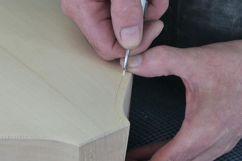 Découverte de la lutherie et fabrication d'une viole de gambe... - Page 19 10_mar13