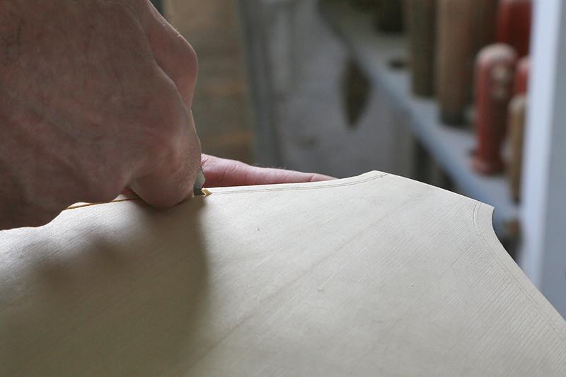 Découverte de la lutherie et fabrication d'une viole de gambe... - Page 19 10_mar16
