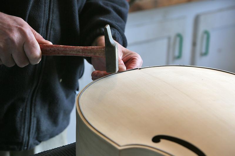 Découverte de la lutherie et fabrication d'une viole de gambe... - Page 20 11_mar39