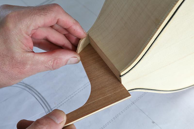 Découverte de la lutherie et fabrication d'une viole de gambe... - Page 20 11_mar41