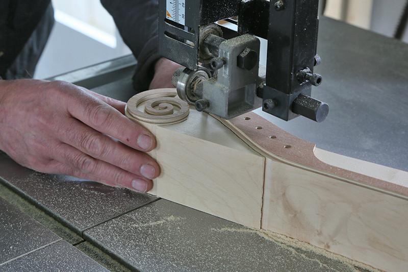 Découverte de la lutherie et fabrication d'une viole de gambe... - Page 20 11_mar45