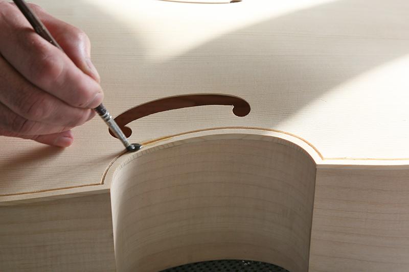 Découverte de la lutherie et fabrication d'une viole de gambe... - Page 20 11_mar48