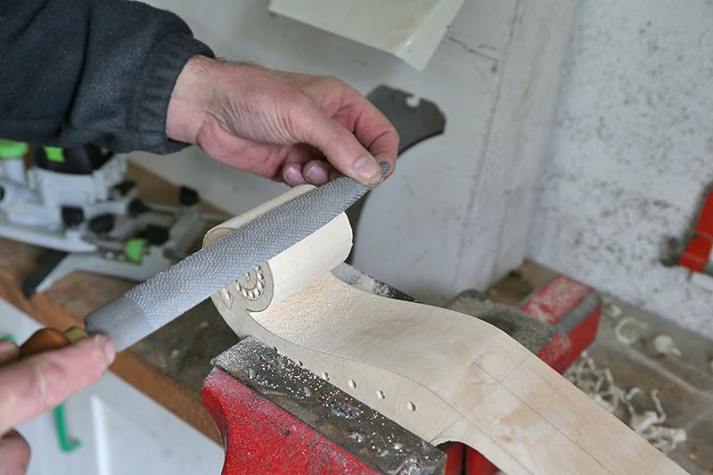 Découverte de la lutherie et fabrication d'une viole de gambe... - Page 20 12_mar10