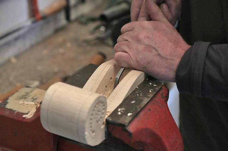 Découverte de la lutherie et fabrication d'une viole de gambe... - Page 20 12_mar12