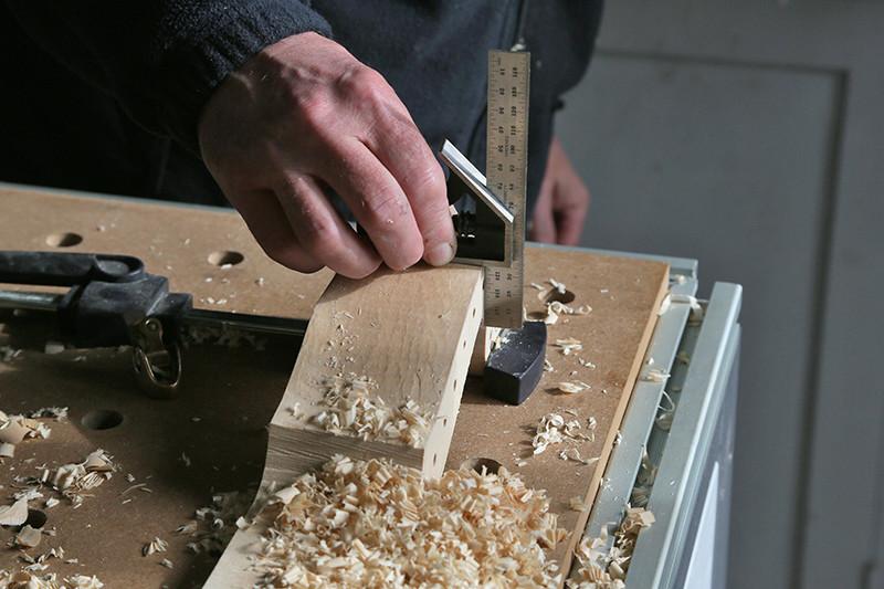 Découverte de la lutherie et fabrication d'une viole de gambe... - Page 20 12_mar16