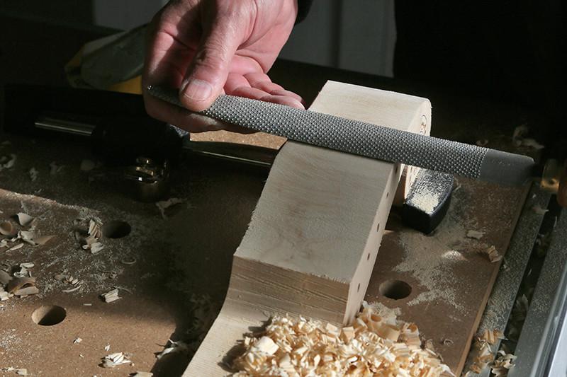 Découverte de la lutherie et fabrication d'une viole de gambe... - Page 20 12_mar17