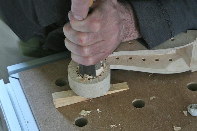 Découverte de la lutherie et fabrication d'une viole de gambe... - Page 20 13_mar19