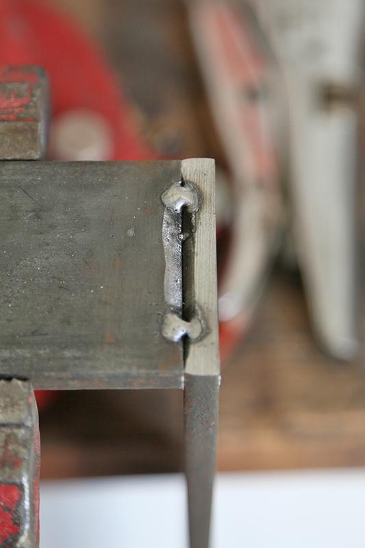 Une console bois et acier. 14_avr14