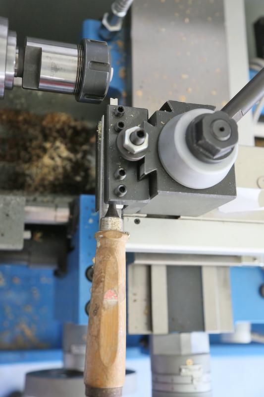 Découverte de la lutherie et fabrication d'une viole de gambe... - Page 32 15_avr12
