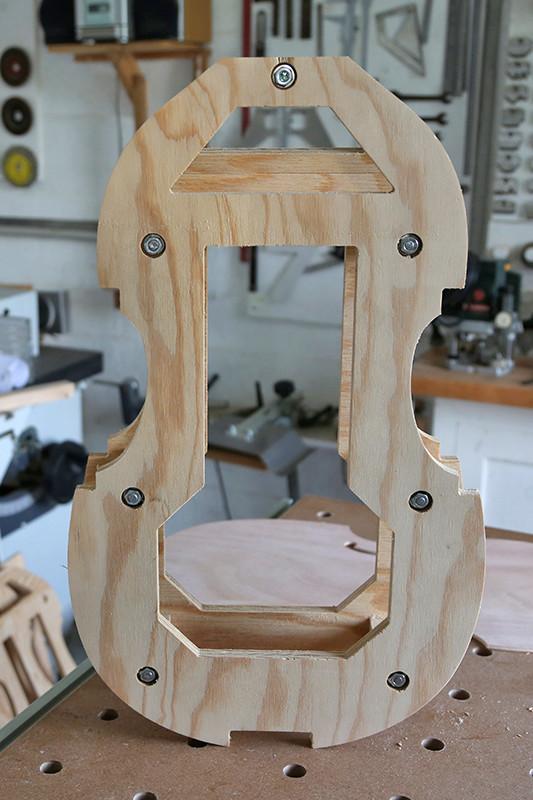 Découverte de la lutherie et fabrication d'une viole de gambe... - Page 5 19_jan14