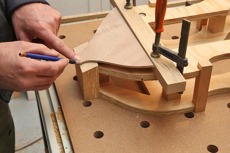 Découverte de la lutherie et fabrication d'une viole de gambe... - Page 6 21_jan22