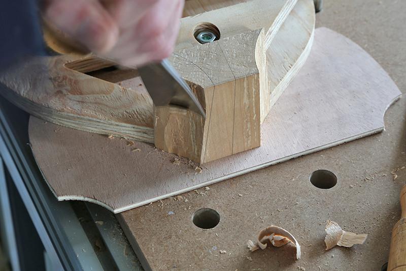Découverte de la lutherie et fabrication d'une viole de gambe... - Page 6 22_jan13