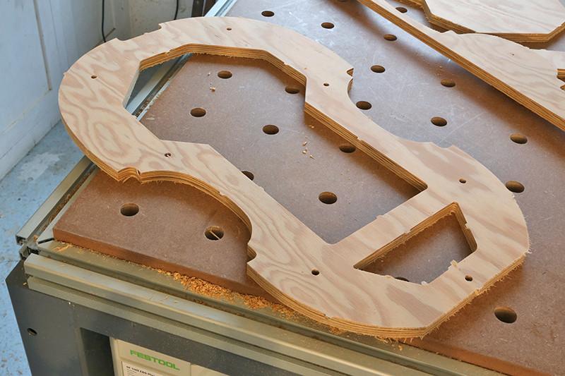 Découverte de la lutherie et fabrication d'une viole de gambe... - Page 2 28_dyc12