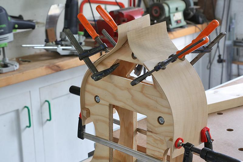 Découverte de la lutherie et fabrication d'une viole de gambe... - Page 7 28_jan11