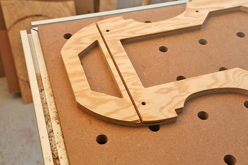 Découverte de la lutherie et fabrication d'une viole de gambe... - Page 2 29_dyc15