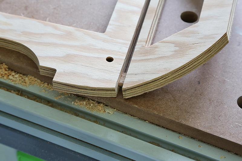 Découverte de la lutherie et fabrication d'une viole de gambe... - Page 4 30_dyc10
