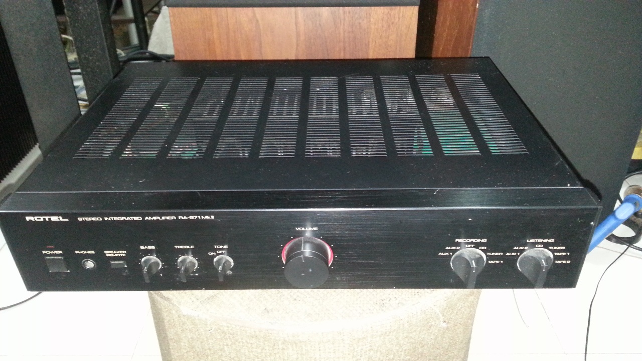 Rotel RA-971 mk II integrated amplifier 15283511