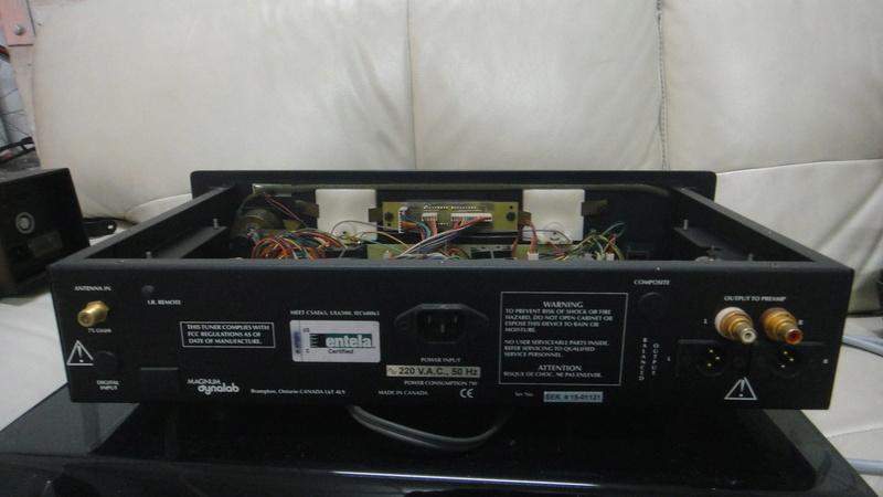 Magnum Dynalab MD 100 FM Tuner Dsc06416