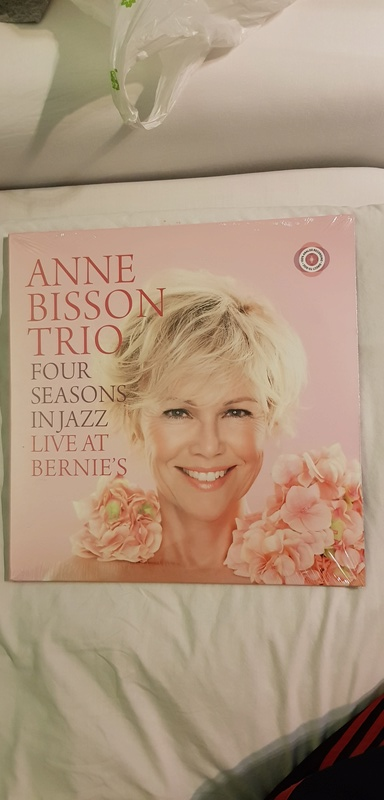 Anne Bisson Trio entitled 4 Season in Jazzs 20171212