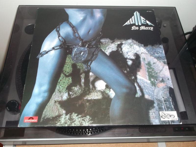 """Pochettes d'albums de métal """"Sexy"""" ! - Page 2 Bullet21"""