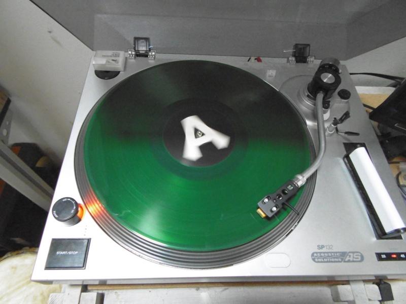 album bloqué a la vente sur discogs Judas_24