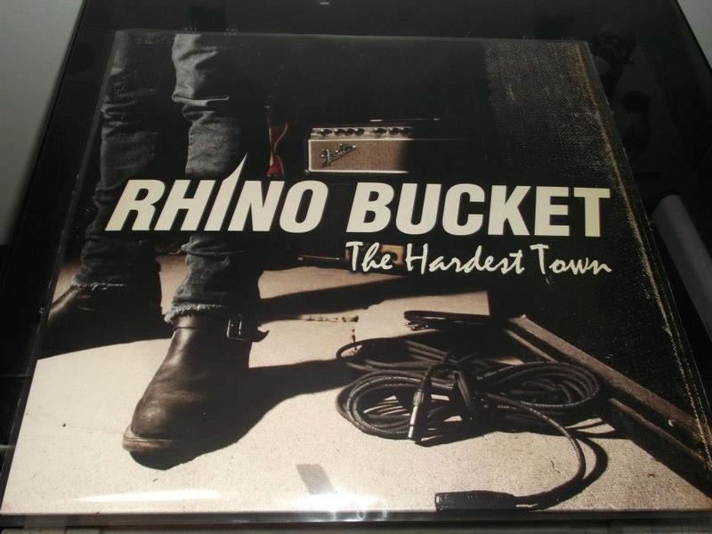 La Playlist qui m'a fait vriller Rhino_10
