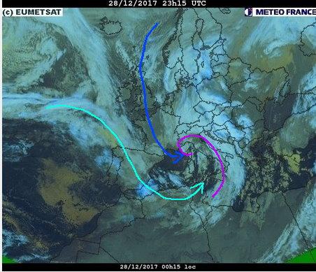 phénomènes climatiques à répétition : cyclones - Page 26 Cart2810