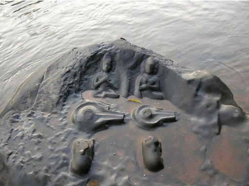 Quand une rivière ancienne sort de son lit, elle nous fait voyager dans le passé… Indian14