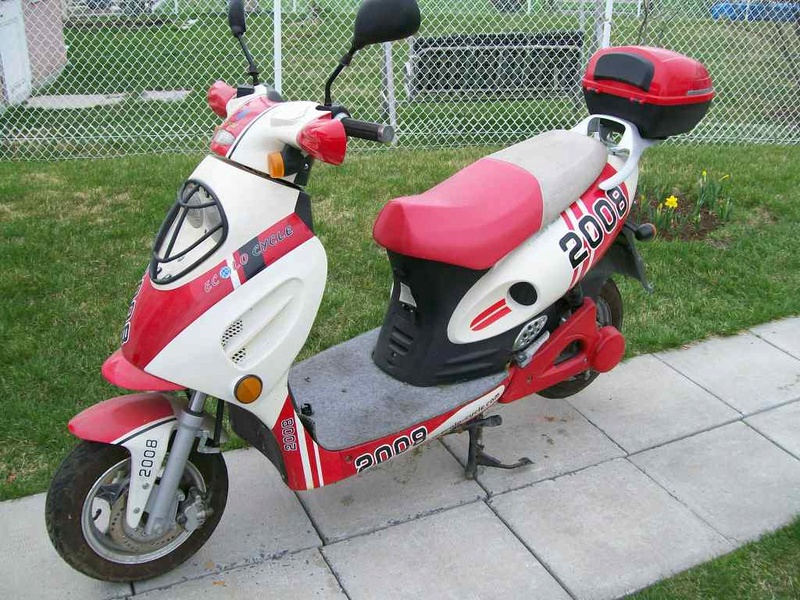 Scooter Ecolocycle Vista SE 100_7411