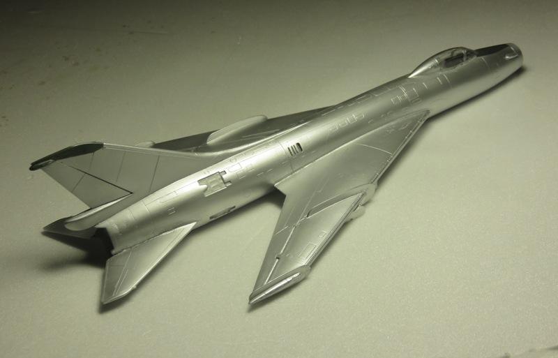 Sukhoi Su-7 [SMER 1/48] Img_7537